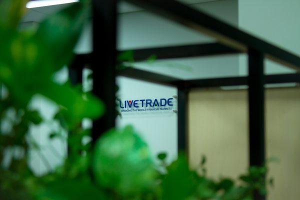 LiveTrade story